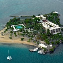 Hotel on the Cay